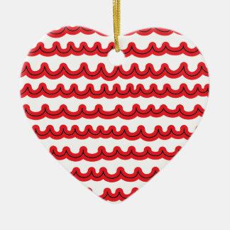 Ondas de oceano lunáticas vermelhas ornamento de cerâmica coração