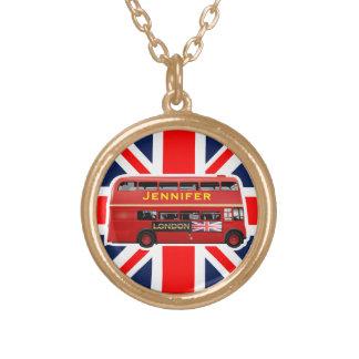Ônibus vermelho do autocarro de dois andares de colar banhado a ouro