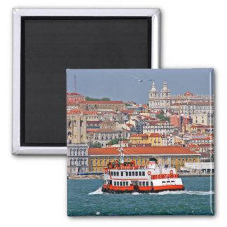 Opinião de Lisboa de Tagus River Ímã Quadrado