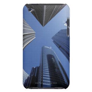 Opinião exterior ascendente de baixo ângulo do cen capa para iPod touch
