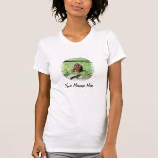 Orangotango de cabelo vermelho marrom que senta-se t-shirts