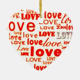Ornamento bonito do coração dos namorados para o