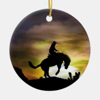Ornamento Bucking do cavalo e do vaqueiro