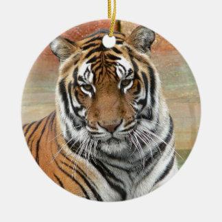 Ornamento De Cerâmica Alugueres Tigres no projecto