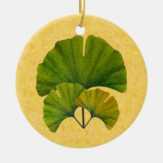 Ornamento De Cerâmica Artes e design das folhas da nogueira-do-Japão dos