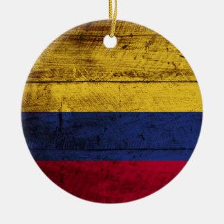 Ornamento De Cerâmica Bandeira de Colômbia na grão de madeira velha