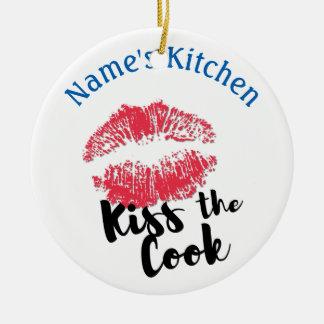 Ornamento De Cerâmica Beijo do impressão do batom o cozinheiro REDONDO