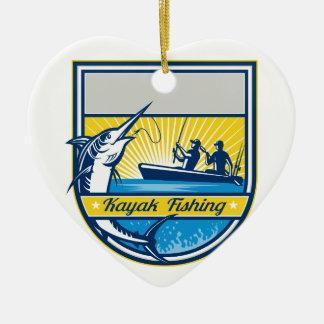 Ornamento De Cerâmica Caiaque que pesca o crachá do espadim azul