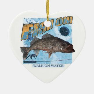 Ornamento De Cerâmica Caminhada em walleye da água