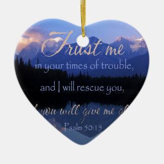 Ornamento De Cerâmica Confiança em mim em período do 50:15 dos salmos do