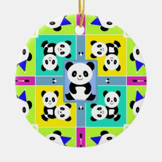 Ornamento De Cerâmica Cores brilhantes adoráveis dos ursos de panda