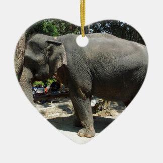 Ornamento De Cerâmica Elefantes em Tailândia