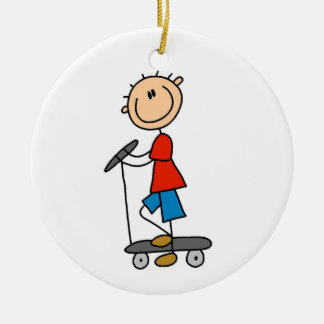 Ornamento De Cerâmica Figura menino da vara no patinete