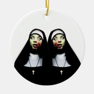 Ornamento De Cerâmica Freiras do horror