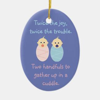 Ornamento De Cerâmica Gêmeos = duas vezes a alegria