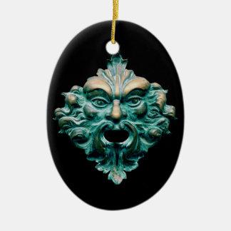 Ornamento De Cerâmica Homem verde em oval, em preto & 2015