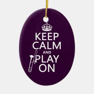 Ornamento De Cerâmica Mantenha a calma e o jogo em (Trombone) (alguma