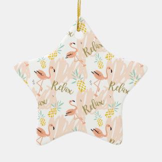 Ornamento De Cerâmica O flamingo do rosa Pastel relaxa o impressão