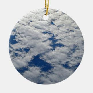 Ornamento De Cerâmica Padrões no céu por Shirley Taylor