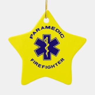 Ornamento De Cerâmica Paramédico do sapador-bombeiro