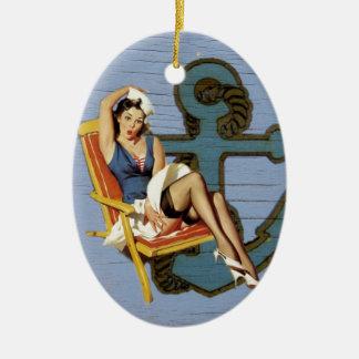 Ornamento De Cerâmica Pin náutico da âncora do chique acima da menina