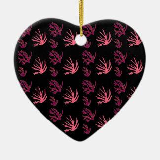 Ornamento De Cerâmica Preto cor-de-rosa das algas