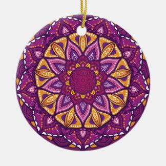 Ornamento De Cerâmica Rangoli decorativo roxo do diwali feliz