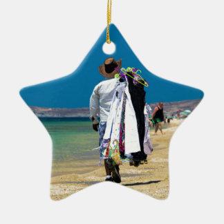 Ornamento De Cerâmica Vendedor na praia