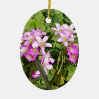 Ornamento De Cerâmica Wildflowers cor-de-rosa delicados do primavera