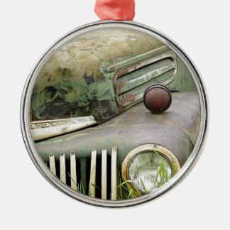 Ornamento De Metal Automóvel oxidado velho do veículo da antiguidade