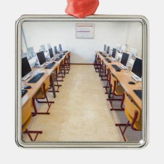 Ornamento De Metal Computadores na sala de aula da educação holandesa