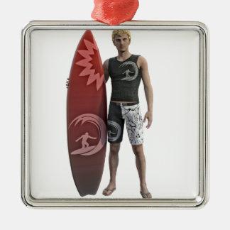 Ornamento De Metal Um surfista que está com sua prancha