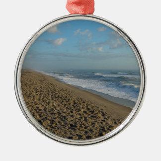 Ornamento De Metal Uma manhã da praia do cacau