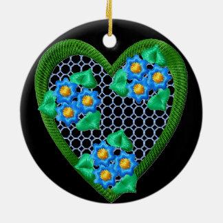 Ornamento do círculo do coração das flores