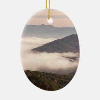 Ornamento do Oval das montanhas apalaches