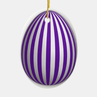 Ornamento do ovo - teste padrão da listra - 1 ornamento de cerâmica oval