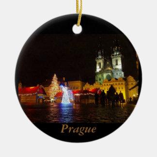 Ornamento do viagem da noite de Natal de Praga