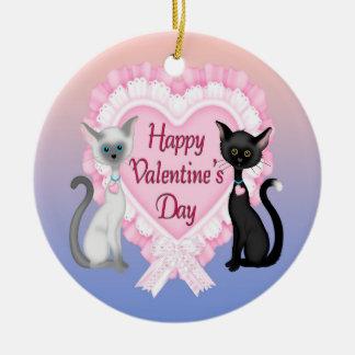 Ornamento redondo dos gatos do dia dos namorados