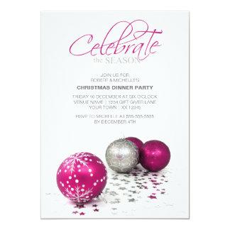 Os Baubles roxos festivos comemoram a estação Convite 12.7 X 17.78cm