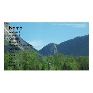 Os cartões de visitas da foto das montanhas