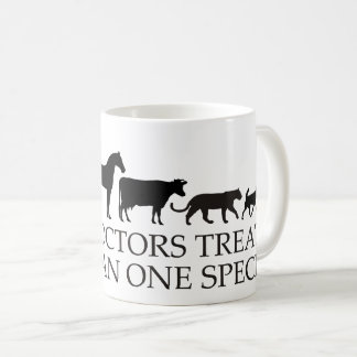 Os doutores reais (veterinários) tratam mais de caneca de café