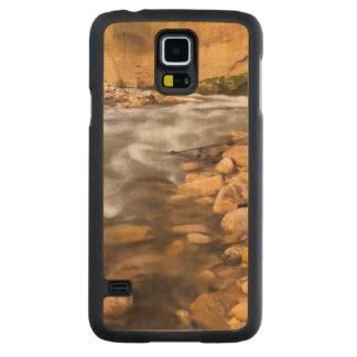 Os estreitos do rio do Virgin no outono 4 Case Slim De Bordo Para Galaxy S5