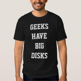 Os geeks têm discos grandes camisetas