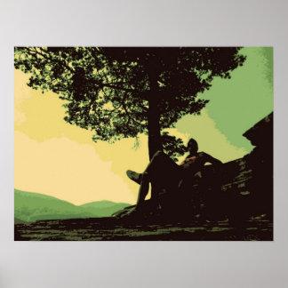 os homens e a árvore no monte poster