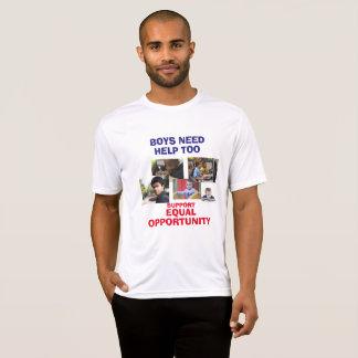 Os meninos precisam a camisa da ajuda demasiado