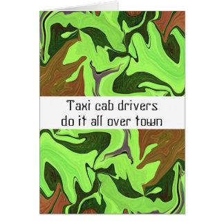 Os motoristas de táxi do táxi fazem-no por todo o cartão