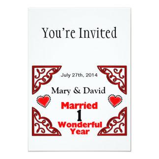 Os nomes pretos vermelhos dos corações & datam um convite 12.7 x 17.78cm
