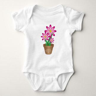 Os obrigados para ajudar-me crescem - a flor feliz body para bebê