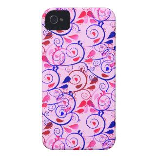 Os redemoinhos florais femininos florescem o verme capa iPhone 4