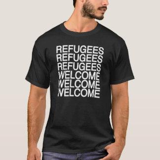Os refugiados dão boas-vindas ao t-shirt
